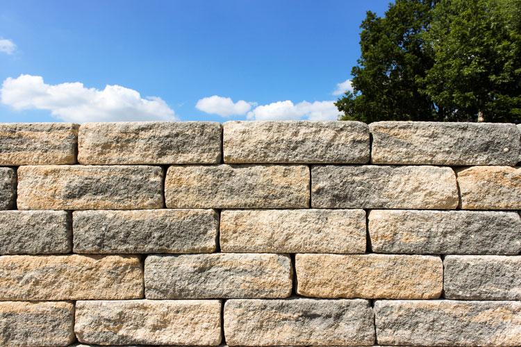 Schlossmauer